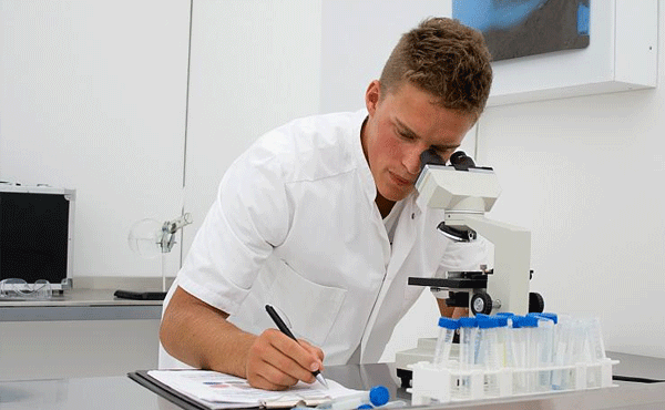 Infectologista